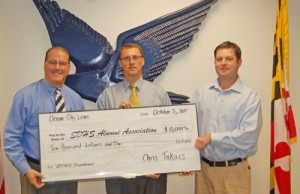$10,000 Leadership Gift Given By OC Lions To Steaphen Decatur HS