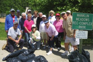 Platform Tennis Group Volunteer Their Time To Adopt-A-Park Program