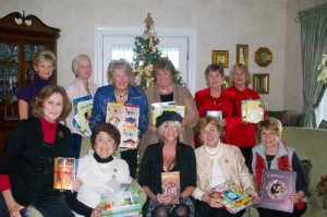Novelettes Book Club Met For Annual Luncheon
