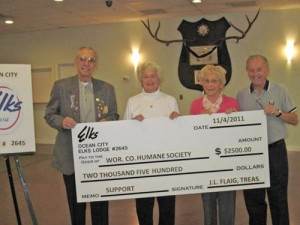 OC Elks Presents $2,500 Check To Humane Society