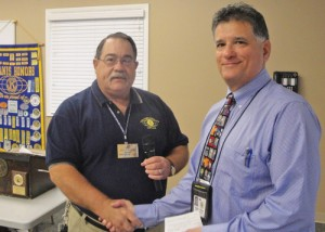 Kiwanis President Presents Check For $1,000 To Buckingham ES