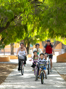 Family_fun_bike_riding_Rottnest_WA
