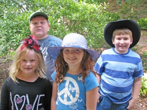 Showell Elementary Students Wear Lucky Hats