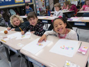 Showell Elementary Students Use Candy Hearts To Create Growing Patterns