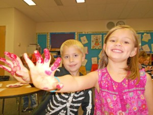 Showell Elementary Students Learn About Colors
