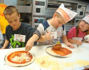 OC Elementary Students Get First-hand Experience Making Pizza