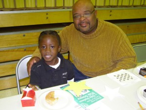 SH Elementary School's Judy Center Hosts Donuts For Dads