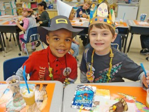 OC Elementary Students Enjoy A Special Thanksgiving Snack