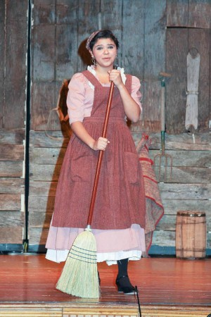 Worcester Prep Students Take Part In Production Of Fiddler On The Roof