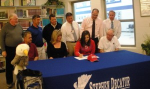 Decatur's Rafer Heading to Del State