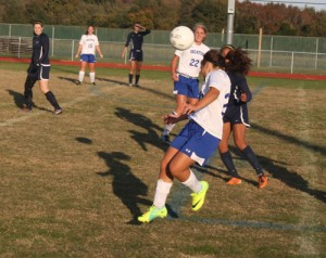 Decatur Girls Beat Howard to Advance