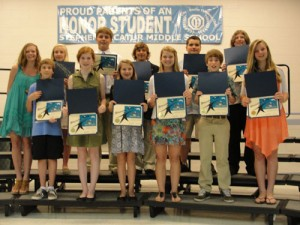SD Middle School Students Receive Rising Star Awards Durning Honors Ceremony