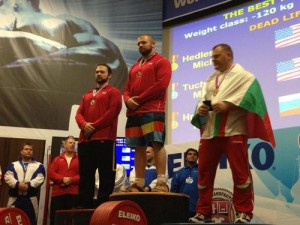OC Power Lifter Wins Gold at Worlds