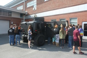 Students Check Out Hardwire's Prototype Vehicle