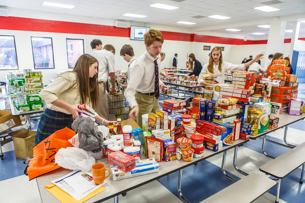 1 WPS_Food Bank_IMG_8347_12_18_2013