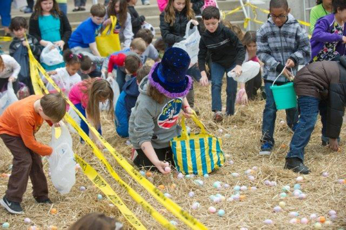 One of the many Easter egg hunts planned at the O.C. Easter Art & Craft and Kids Fun Fair is pictured last year. File Photo