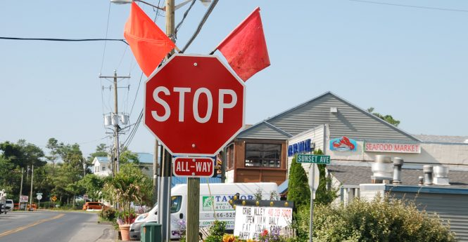 A new stop sign at the corner of Golf Course Road and Sunset Avenue is pictured. Photo by Shawn Soper