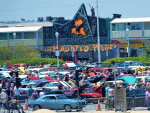 Cruisin' Debate Long On Questions, Comments, But Short On Easy Solutions