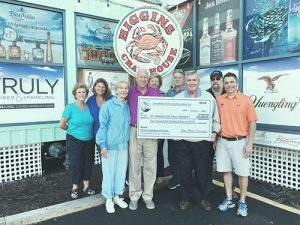 Caine Woods Community Association Holds Annual Crab Feast Fund-raiser At Higgins Crab House